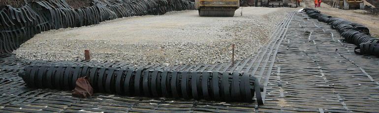 桩承式加筋路堤工程