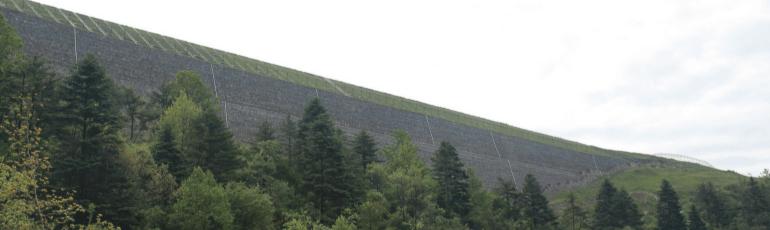 加筋土挡墙和加筋边坡