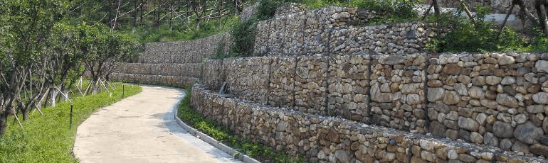 重力式格宾挡墙